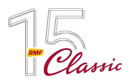 logo RMF Classic - cyfra 15 i RMF napisane na czerwono na żółtym tle oraz Classic napisane na czerwono, kursywą